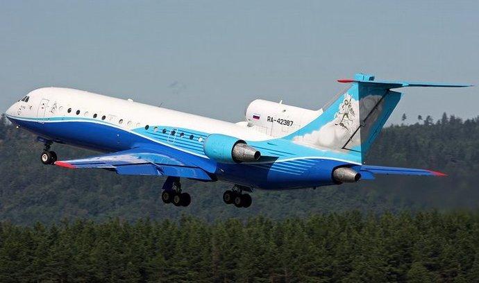 Jak-42