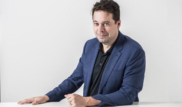 Jan Palaščák, zakladatel skupiny Amper, považuje za vítěze voleb Petra Fialu a Víta Rakušana.