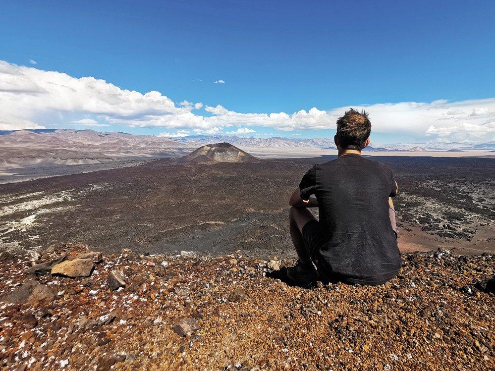 Na vrcholu argentinské sopky Antofagasta, uprostřed obrovského vulkanického pole na severu země