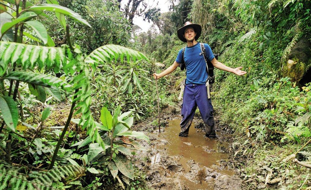 Cesta džunglí mezi mé oblíbené aktivity nepatří. Už kvůli velice obtížnému a dost podmáčenému terénu.