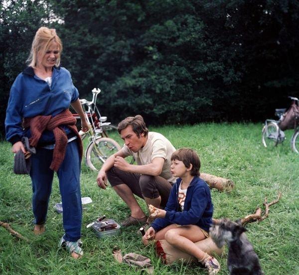 1978 S Františkem Němcem v komedii Jak dostat tatínka do polepšovny.