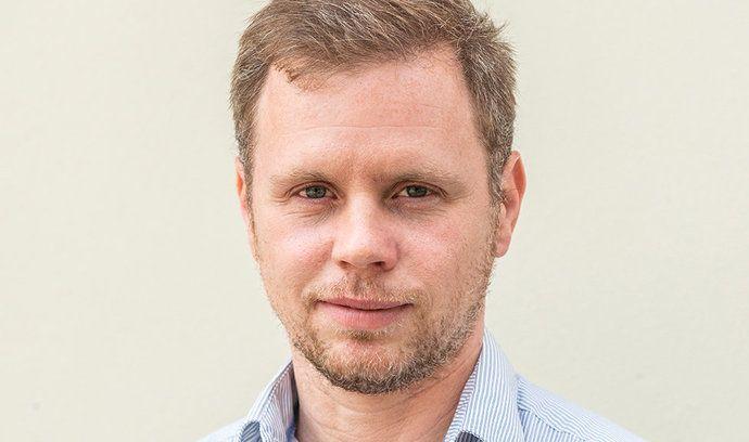 Ekonomický redaktor E15 Jaroslav Krejčí.