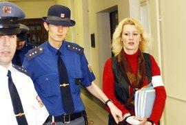 Zrůdy v sukních: Lesbická prostitutka Jaroslava vraždila muže bez jakékoliv lítosti