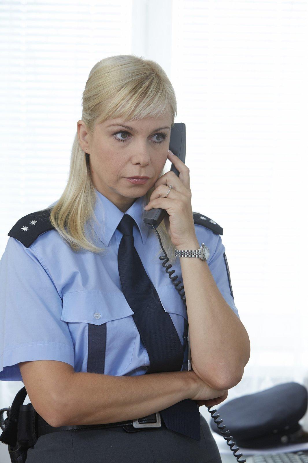Jako policistka Lucie Krásenská, hvězda seriálu Policie Modrava.