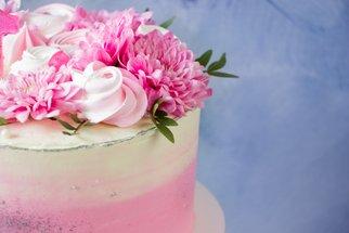Nejkrásnější květinové dorty a dezerty: Inspirujte se naší galerií