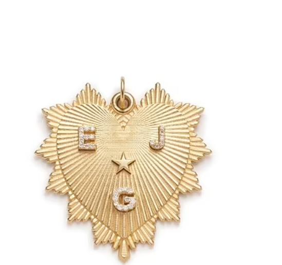 Srdce - 70 000 Kč, 18karátové zlato: Hvězda ve středu představuje energii a božské vedení.
