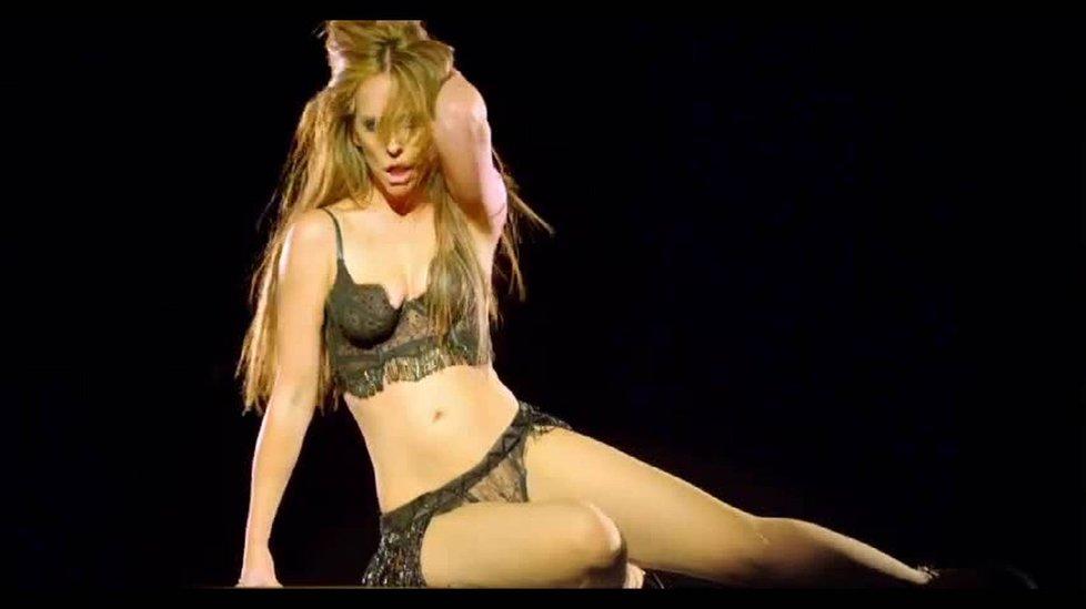 Jenifer Love Hewitt ve videoklipu.