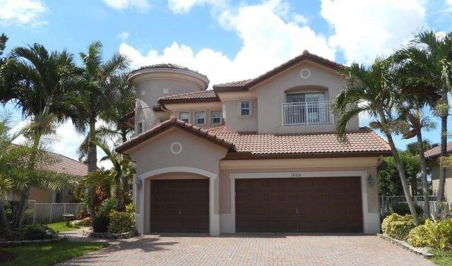 Miramar, Florida: Tuhle vilu si spolu Adamcovi koupili teprve v roce 2016.