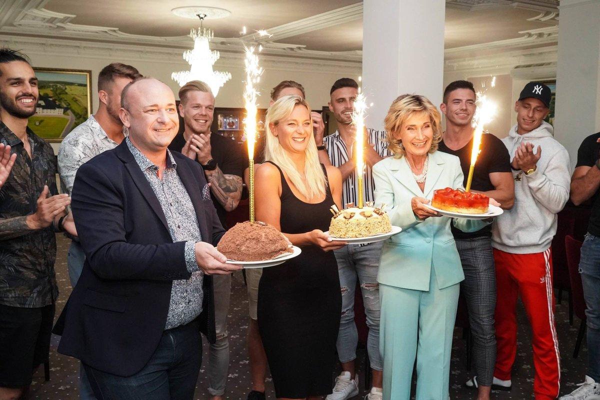 Jiří Krampol slavil 83. narozeniny: Dostal hned tři dorty