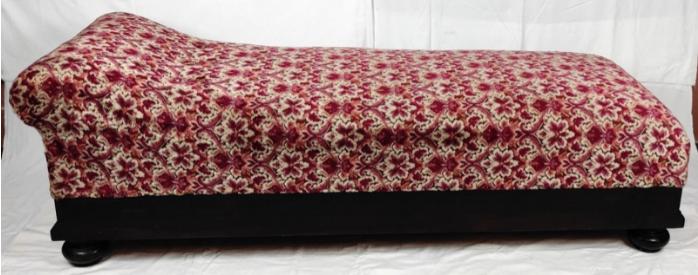 Poklady z dědictví Jiřiny Jiráskové: Sofa
