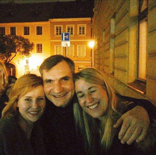 Veselá trojka: Schneiderová, Macháček, Sedláková