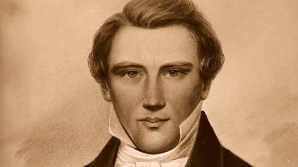 Smith se svěřil, že hned od založení své církve se tedy – ačkoliv už byl oficiálně ženatý a postupně se mu vtomto svazku narodilo 10 dětí – tajně sezdal smnoha dalšími ženami. Historikové jejich počet odhadují na 38 až 40.