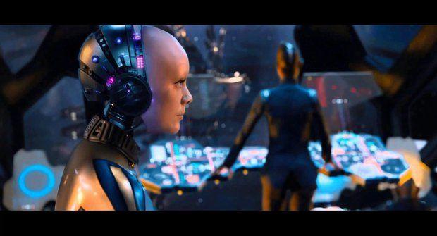 Jupiter vychází: První upoutávka na nový film od tvůrců Matrixu (ČESKY)
