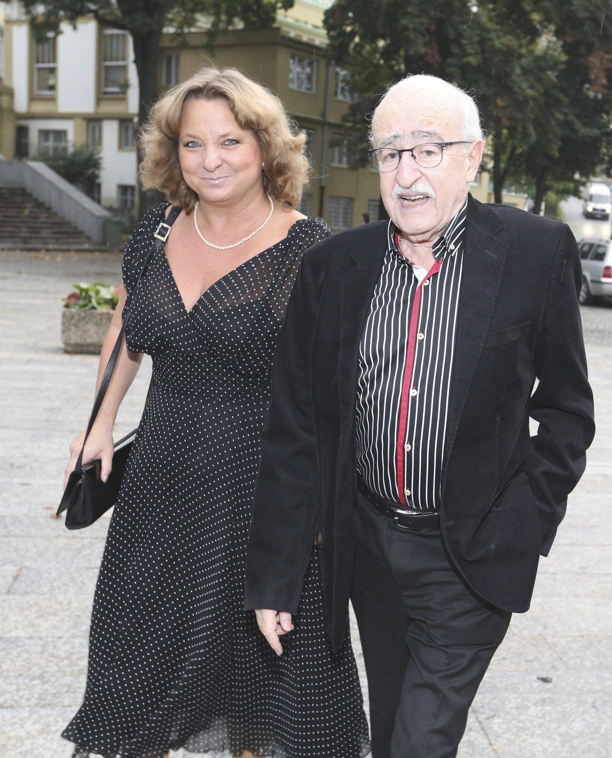 S Martinou Hudečkovou žil na psí knížku devět let.