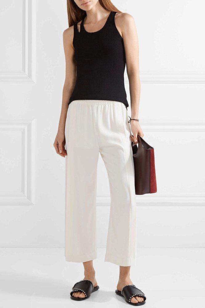 Bílé kalhoty, Helmut Lang, net-a-porter.com, €410