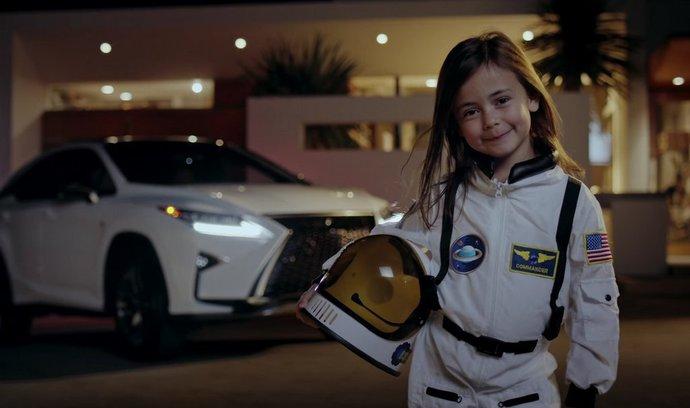 Kampaň Lexus