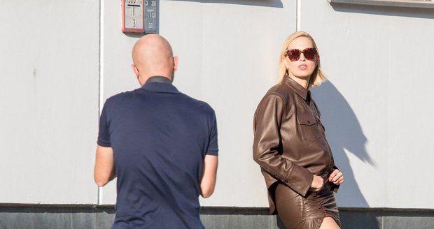 Karolína Kurková na focení v Berlíně