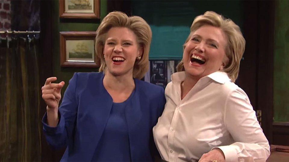 Kate Mckinnon a Hillary Clinton