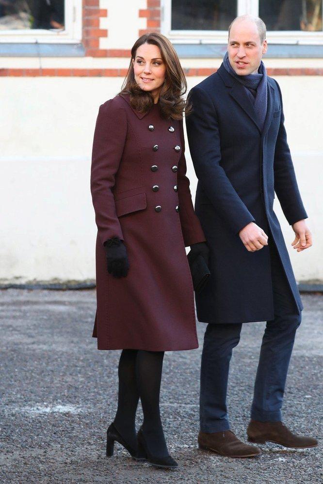 Kate Middleton v kabátě Dolce & Gabbana