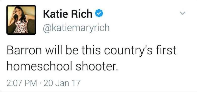 Jízlivý komentář na Twitteru stál moderátorku Katie Rich místo.