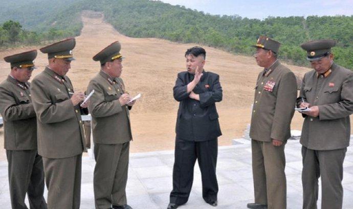 Kim Čong-un v rozestavěném lyžařském areálu