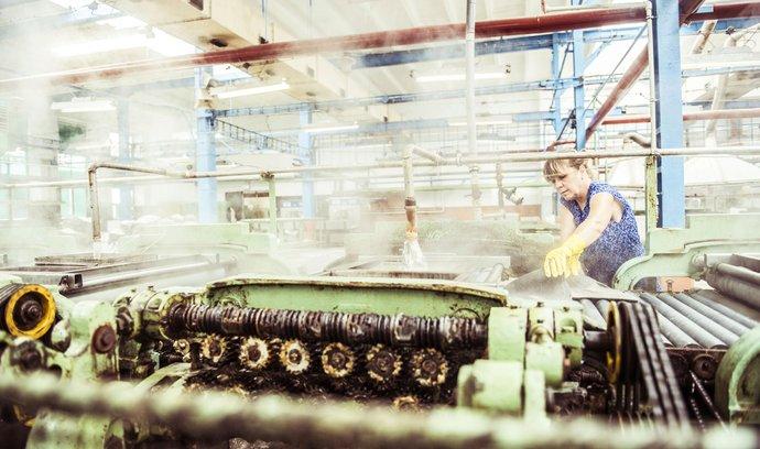 V prosinci průmyslová výroba vzrostla o půl procenta.