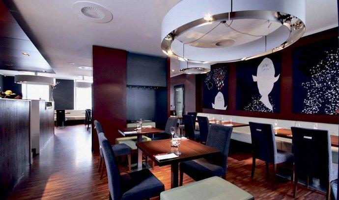 Koishi. Designová restaurace sespecializuje na suši a rybí pokrmy