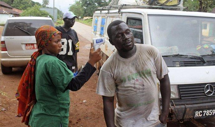 Kontrola teploty na hranicích do Guineje