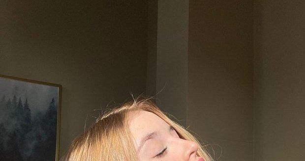 Tuto fotku zveřejnila Žilková v den 16. narozenin své nejmladší dcery.