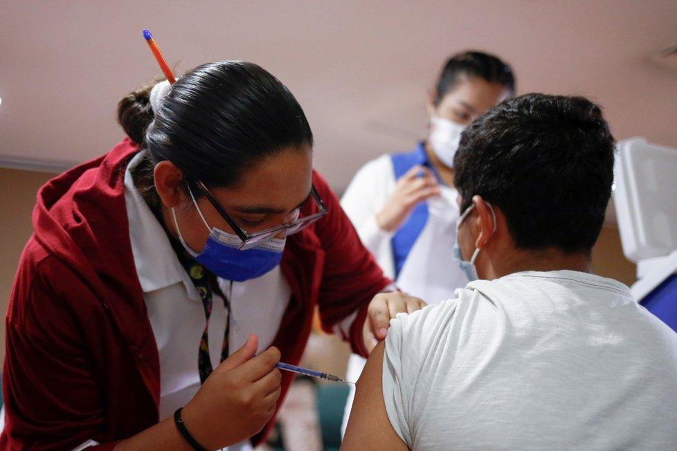 Očkování proti koronaviru v Mexiku