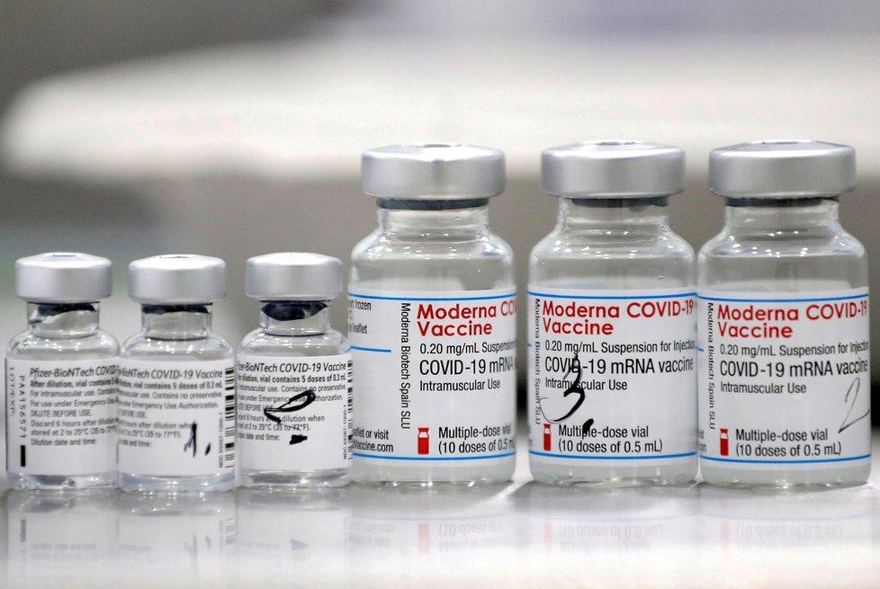 Koronavirus: Očkování vakcínou Pfizer.