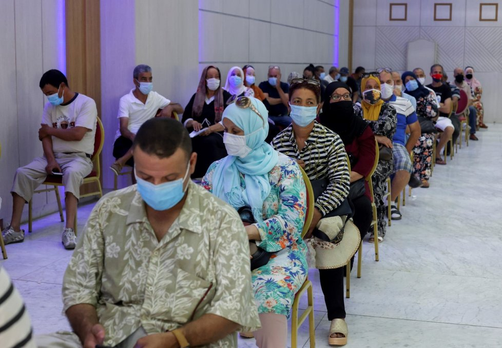 Koronavirus v Tunisku: Očkování