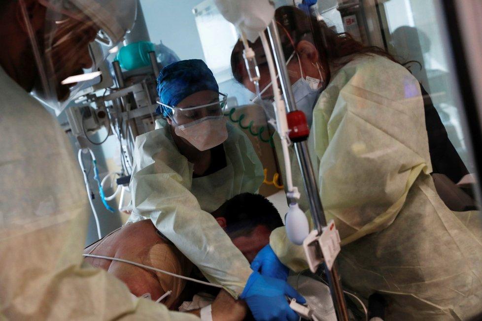 Nemocnice na Floridě a tamní boj s koronavirem na jednotce intenzivní péče (21. 9. 2021)