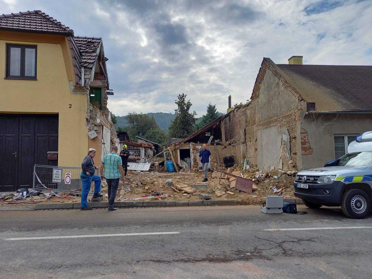 Místo výbuchu v Koryčanech den poté. (16. září 2021)