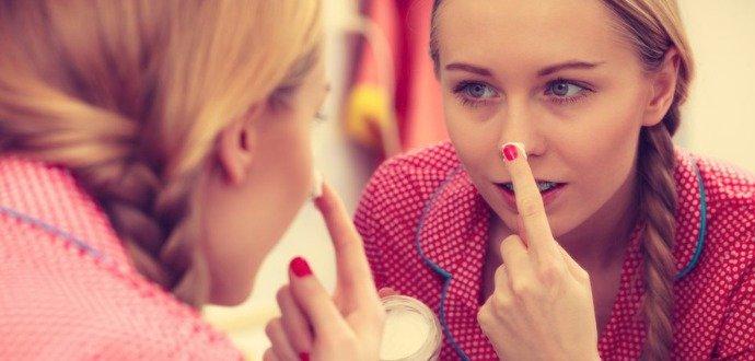 Kosmetičky radí: jak správně čistit pleť, aby zářila