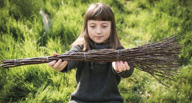 Košíkářská škola pletení: Jak uplést čarodějnické koště