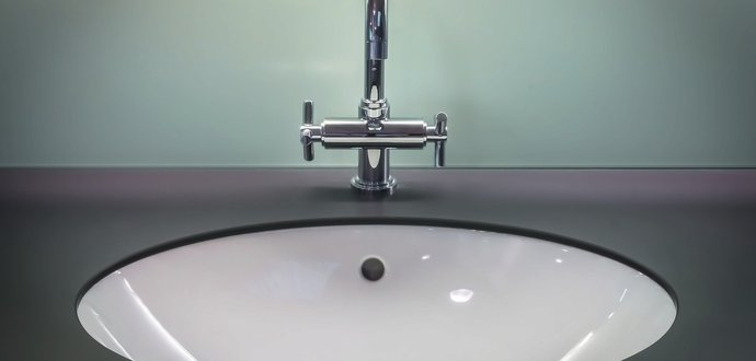 Jak vybavit koupelnu, abyste se v ní cítili příjemně