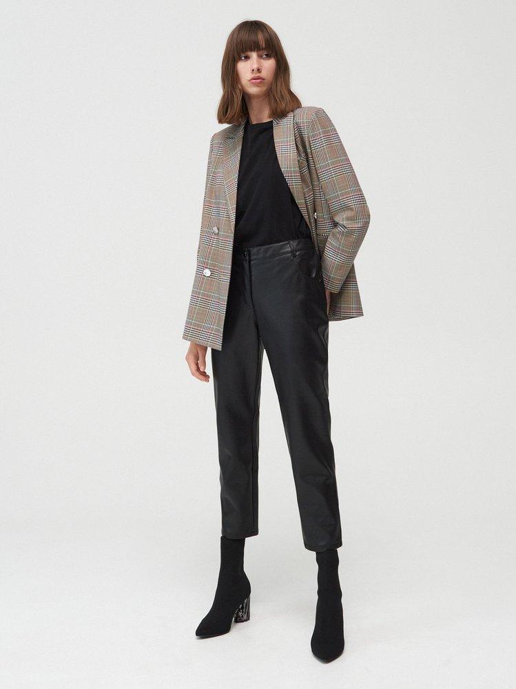 Koženkové kalhoty, H&M, 699 Kč