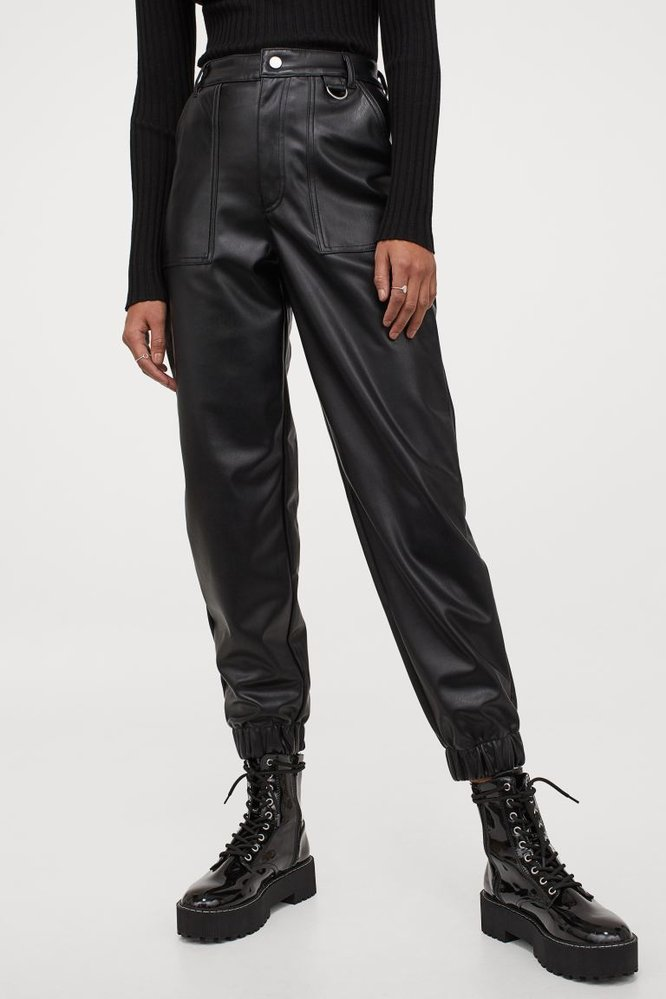 Koženkové kalhoty utility, H&M, 799 Kč