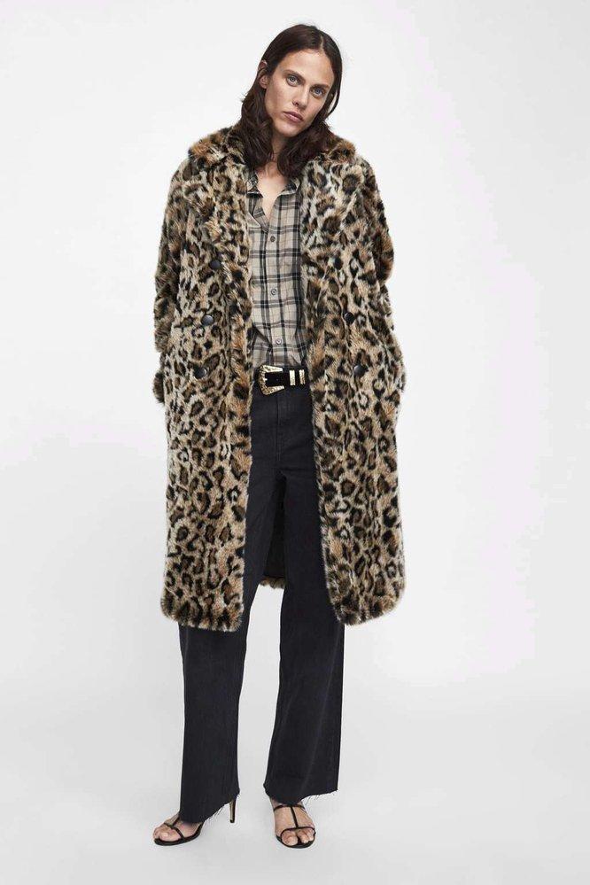 Kabát s texturou a zvířecím potiskem, Zara, 2799 Kč