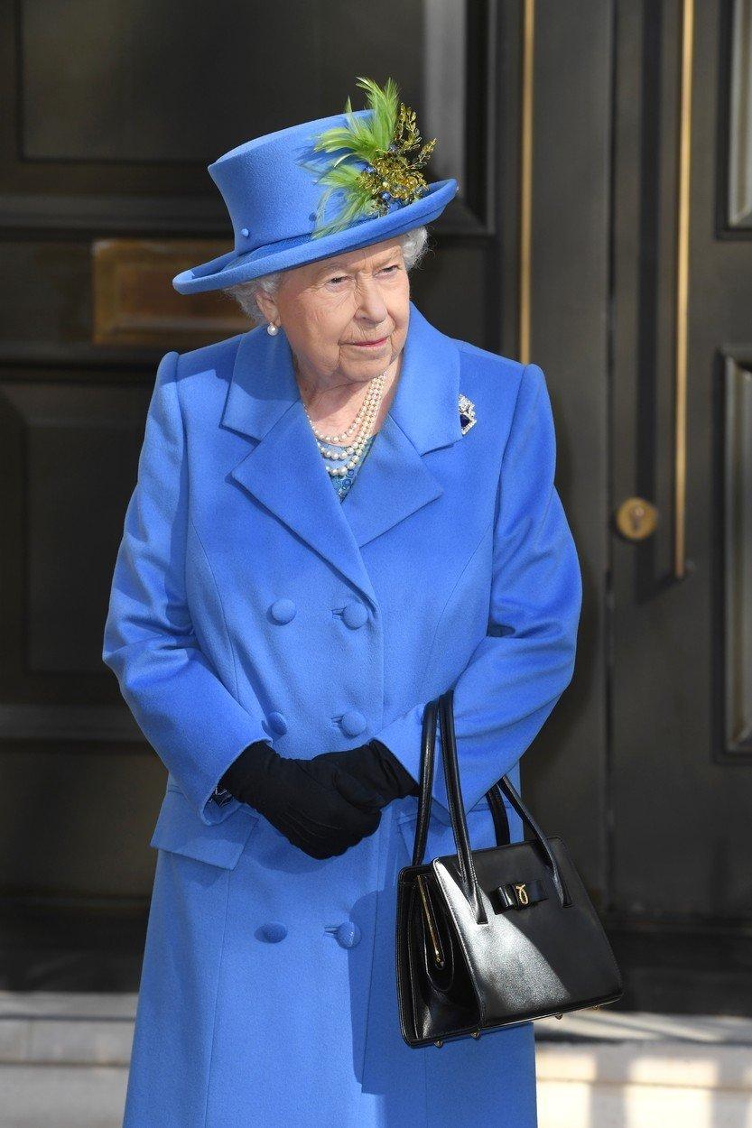 Královna Alžběta II. a její módní vkus