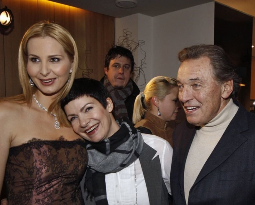 Anna K. s Karlem Gottem a Ivanou Gottovou