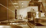 Vyčistěte nerez ve vaší kuchyni a vraťte jí původní lesk
