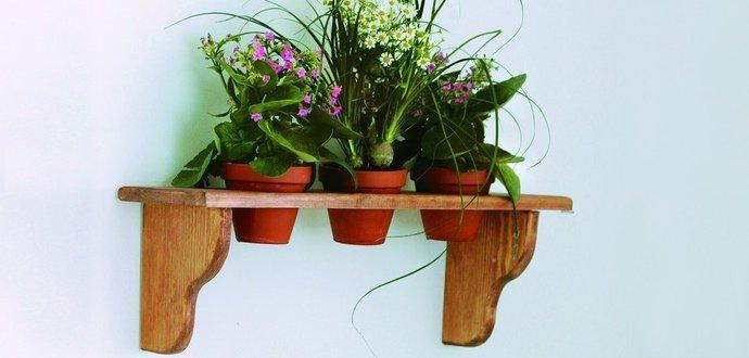 Pro šikovné ruce: Vyrobte si květinovou poličku