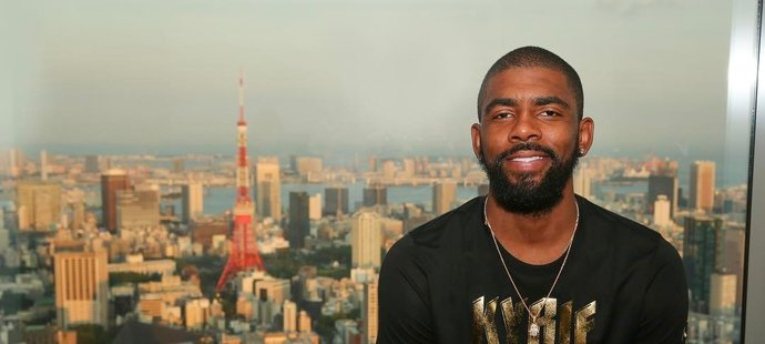 Americká basketbalová hvězda Kyrie Irving