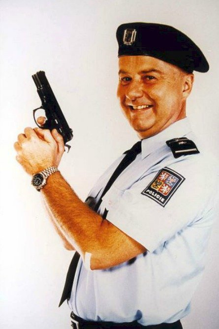 Láďa Potměšil v Byl jednou jeden polda (1995).