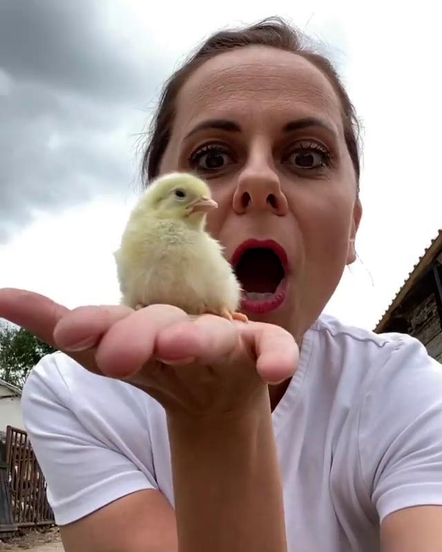 Laďka Něrgešová při natáčení reality show Farmář hledá ženu