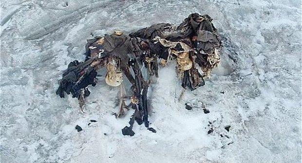 Tající ledovec v lyžařském resortu odhalil pozůstatky vojáků z první světové