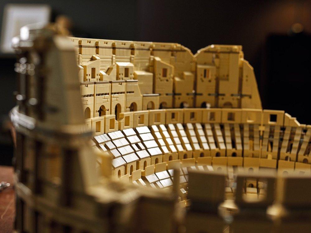 Koloseum: největší Lego v prodeji co do počtu kostiček.