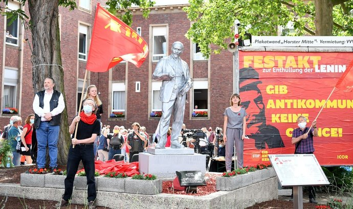 V Německu odhalila marxistická strana sochu Lenina, pochází z ČR